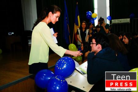 Clubul European_Raluca Urda_Corespondent al RCTP (44 of 84)