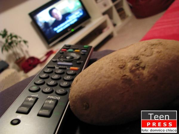 Oamenii şi televizoarele
