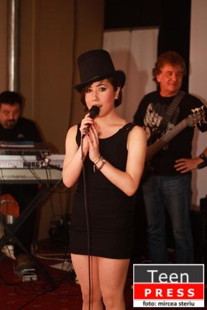 Seara in Tête-à-Tête alaturi de Irina Popa & The Sinners