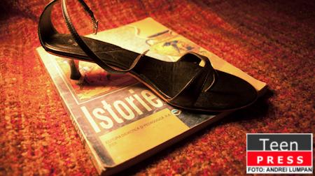 Pantofii cu toc - Placere sau tortura?