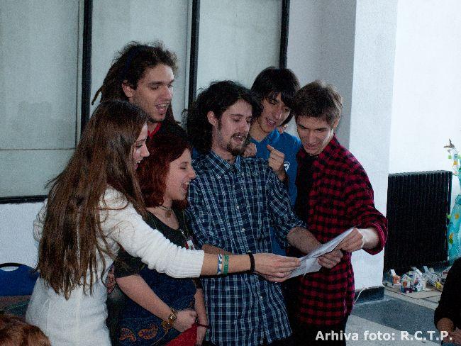 Redactia Centrala Teen Press - Imnul Difuzarii