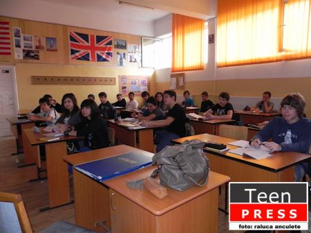 "Colegiul National ""Emil Racovita"""